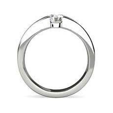 Samantha platinum diamond ring