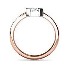 Lynette rose gold diamond ring