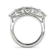 Thea baguette cut diamond ring