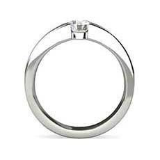 Samantha platinum diamond ring