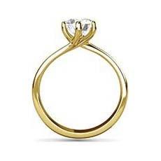 Poppy yellow gold ring
