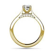 Cosette yellow gold ring