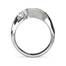 Camilla diamond twist ring