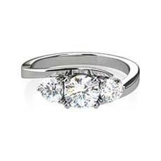Hannah diamond twist ring